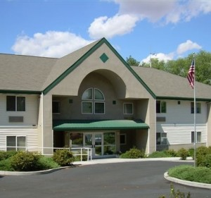 Austen Manor Clarkston Senior Housing-p19u7ujdme1e4s1mfltb110le1bq5